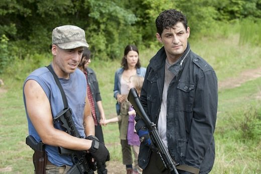 Kirk Acevedo (right) plays Mitch. To be fair, we all knew Mitch wasn't going to die this episode. Because you don't cast Kirk Acevedo in a one-time guest appearance.