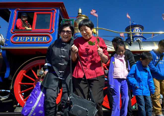 Margaret Yee (left) and Su Lin Chen are descendents of labourers who built the Transcontinental Railroad. (Photo credit: Scott Sommerdorf / The Salt Lake Tribune)