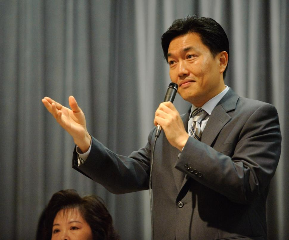 "SJ Jung is a Korean American businessman and activist running as a political outsider and who vows to ""shake things up"" in Albany."