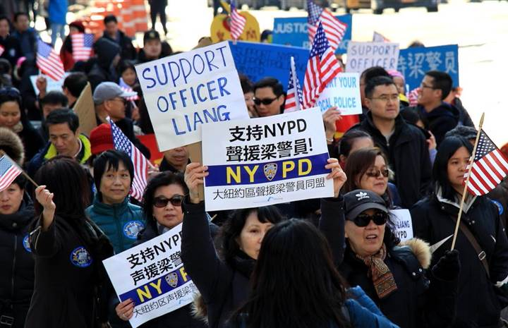 An image of the March 10th pro-Liang rally in NYC (Photo credit: NBC News).