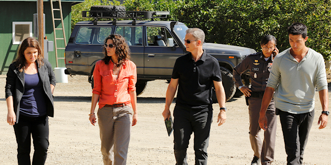 "CRIMINAL MINDS: BEYOND BORDERS - ""Pilot"" - ""Criminal Minds: Beyond Borders"" airs on CBS. From left to right: ANNIE FUNKE, ALANA DE LA GARZA, GARY SINISE, DANIEL HENNEY (Photo Credit: ABC Studios/Trae Patton)"